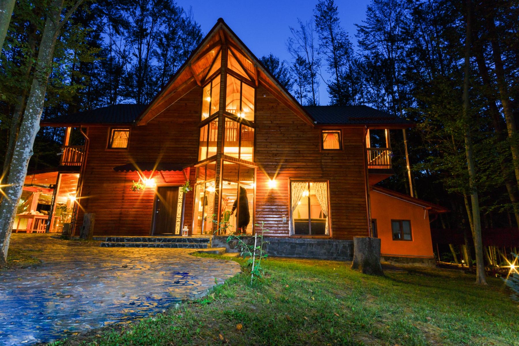 Vila Gugu, comuna Ionești